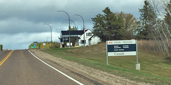 Border crossing hour changes in southeastern Manitoba